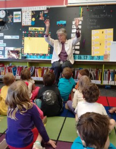 Laura Deal storytelling to kindergarten students